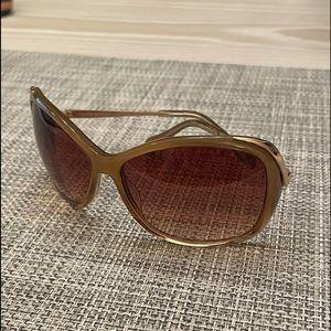 Oliver Peoples Marbella sunglasses in color topaz
